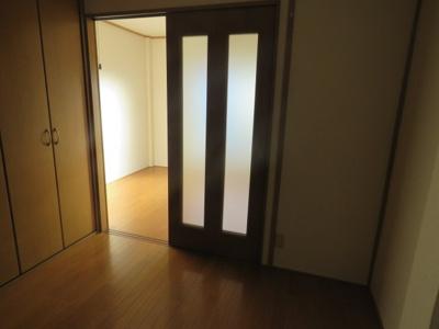 【寝室】関山ビル