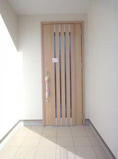 玄関ドア施工例です。