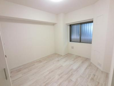 6.3帖の洋室は主寝室にいかがでしょうか。