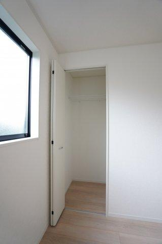 2階5.2帖 使いたいときに、すぐ出せる位置にあることが、良い収納のポイントです。