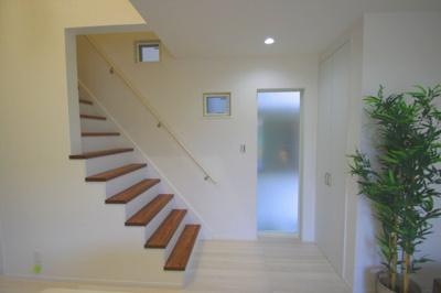 【施工例】リビング階段はご家族の会話が増えますよ♪