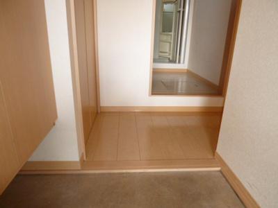 【玄関】フォーチューン真壁A