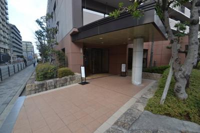 【エントランス】ソシエ北大阪2番館