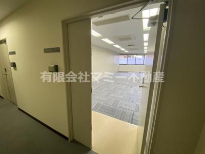【玄関】浜田町オフィスビルK
