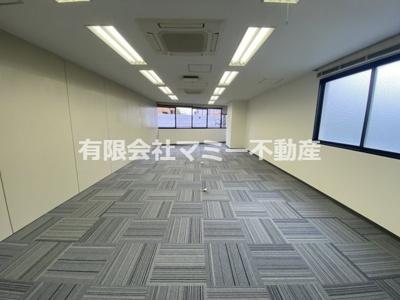 【内装】浜田町オフィスビルK