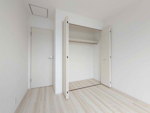 《 洋室 》現地見学や詳細は 株式会社レオホーム へお気軽にご連絡下さい。