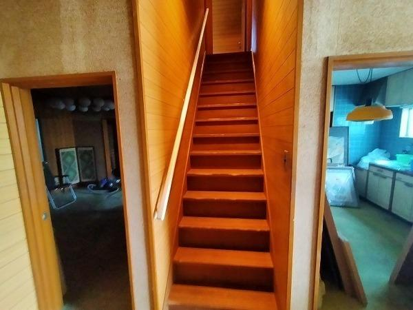 一直線の階段です♪