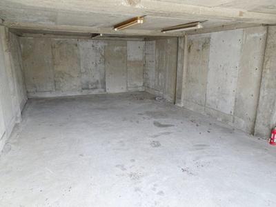 駐車スペース2台可能