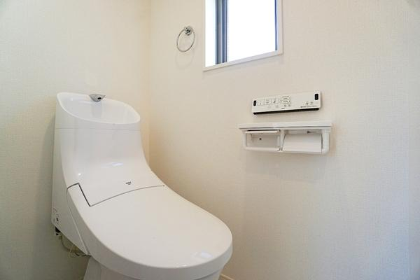 同仕様のトイレです!