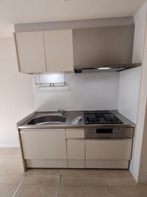 【キッチン】シャーメゾン本町Ⅲ番館