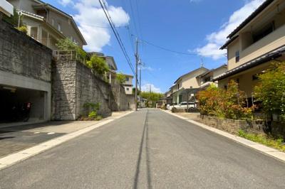 【前面道路含む現地写真】伏見区醍醐一言寺裏町 中古戸建