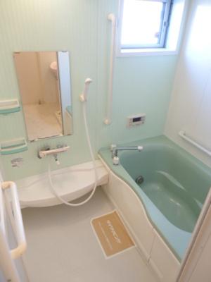 【浴室】エントピア幸 A・B・
