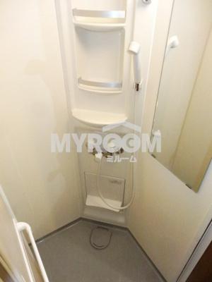 シャワールーム完備☆