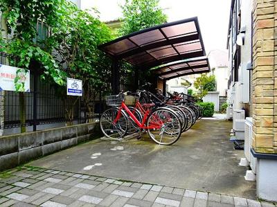 【エントランス】メイプル・ガーデン