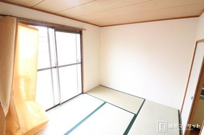 【寝室】ロイヤル平成