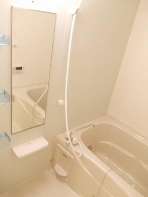 【浴室】カレント ヴィラ