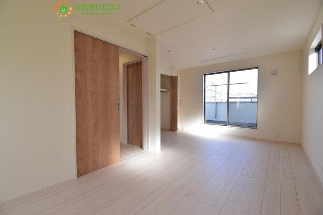 【収納】北本市本町7丁目 新築一戸建て 02