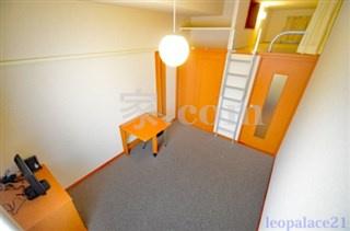 【寝室】レオパレス13STONE Ⅱ(29480-207)