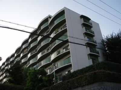 【外観】千里王子高層住宅B棟