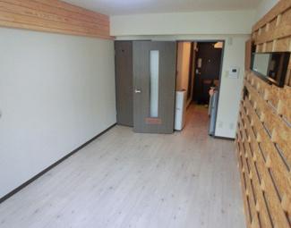 【洋室】《鉄骨造9.86%☆》札幌市東区北三十二条東16丁目一棟マンション