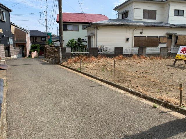 【前面道路含む現地写真】平塚市西真土 売地