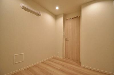 個人の部屋や寝室として使える洋室です