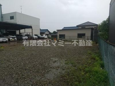 【駐車場】岸岡町事務所
