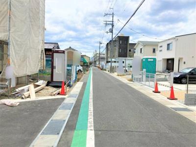 【前面道路含む現地写真】リーブルガーデン大和高田市中三倉堂8期 全5棟 2号棟