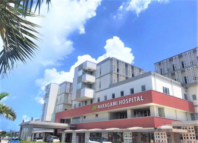 ショッピングセンター : サンエー具志川メインシティ 車で6分