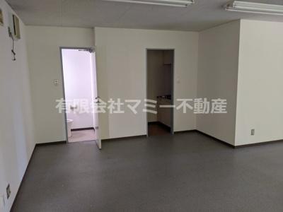 【内装】西新地事務所Y