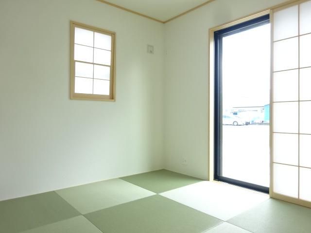 トイレ:1F2F 二か所《 施工例 》現地見学や詳細は 株式会社レオホーム へお気軽にご連絡下さい。
