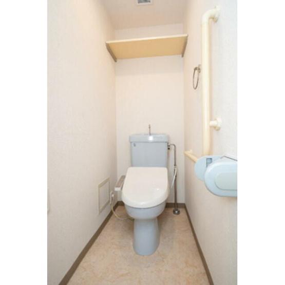 清潔感のあるトイレです※写真は同タイプ住戸です。