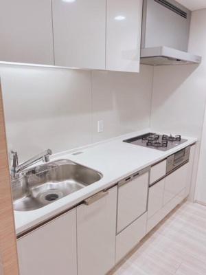 キッチンでお料理をお楽しみください 食器洗い乾燥機付き