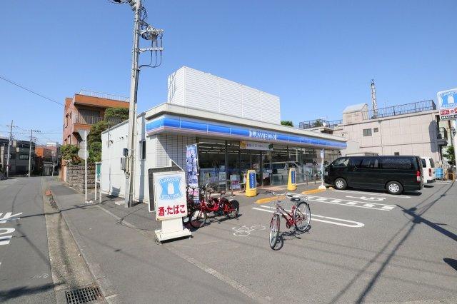 イトーヨーカ堂川崎店まで徒歩6分 ヤマダ電機やニトリ、紀伊國屋書店、フードコートなども入っています
