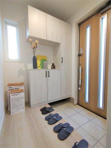 ウォシュレットトイレ。高い節電節水を実現。停電時にも水が流せるので災害時も安心♪※イメージ写真