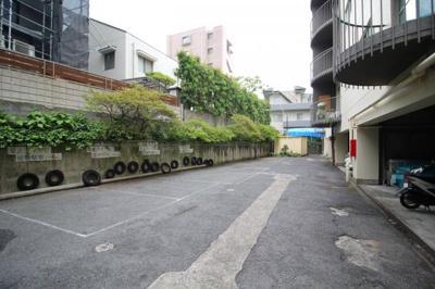 【駐車場】甲南ビラ