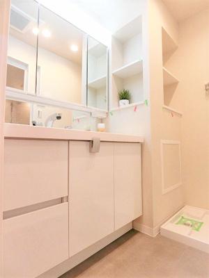 【独立洗面台】ビックヴァンベイフロント横浜701