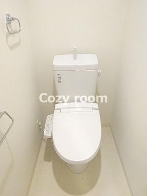 清潔感のあるシャワートイレです