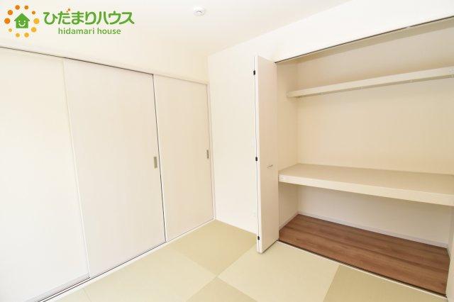 和室の収納は横開きクローゼット!しまった物の出し入れも楽々です(^^)