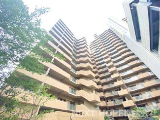 【ラ・ビスタ宝塚レフィナス2番館】地上19階建 総戸数189戸 ご紹介のお部屋は4階部分です♪