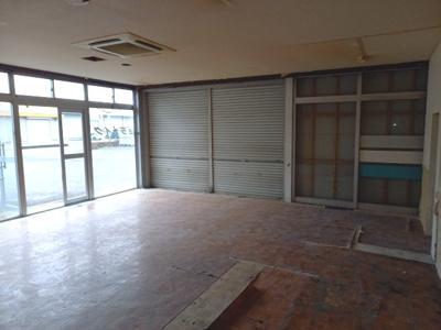 平井町甲2272貸店舗