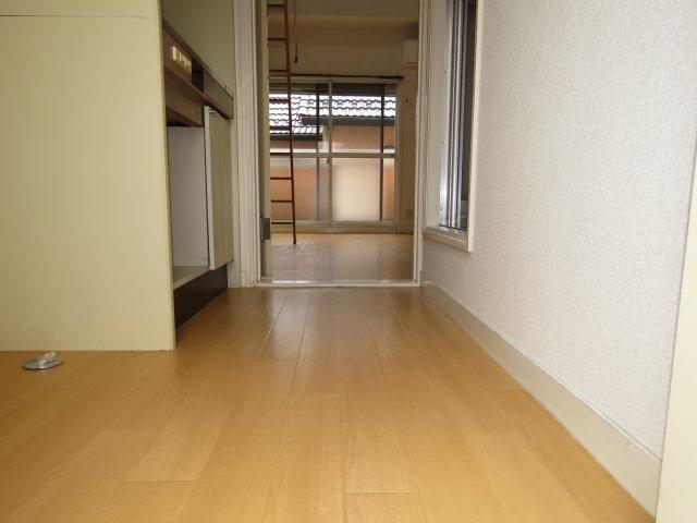 【玄関】シティパレス中富3