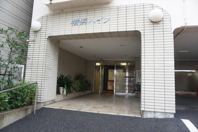 【エントランス】横浜ハイツ