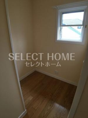 【寝室】ベルウッドハウスⅡ