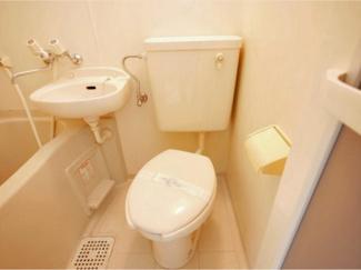 【トイレ】ジオナ本田