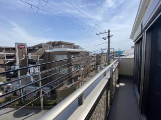 【バルコニー】灘区赤坂通6丁目 新築戸建て