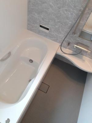 【浴室】寝屋川市打上南町 新築一戸建て