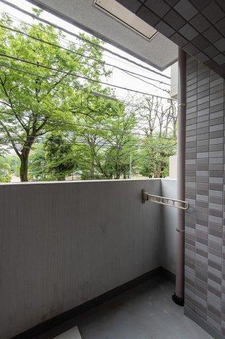 スカイコート日本橋浜町公園:約5.04平米の2面バルコニーが付いております!