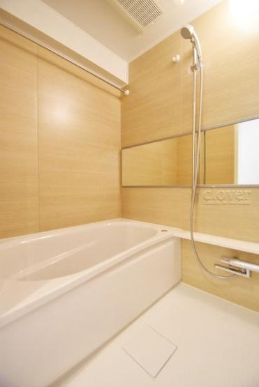 物件のお問い合わせは、 0120-700-968までお気軽にどうぞ! バスルーム 追い焚き及び浴室乾燥機付き