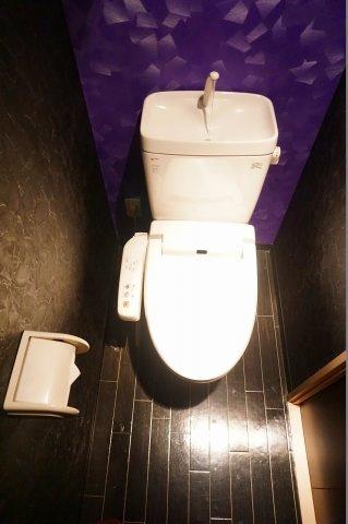 【トイレ】メル・シアター 鈍色の風